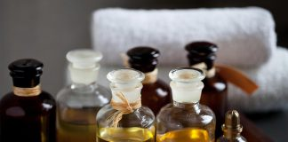 10 Best Massage Oils to Rejuvenate Your Body