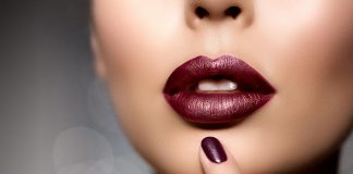 Side Effects of Lipstick - How This Makeup Product Can Harm You