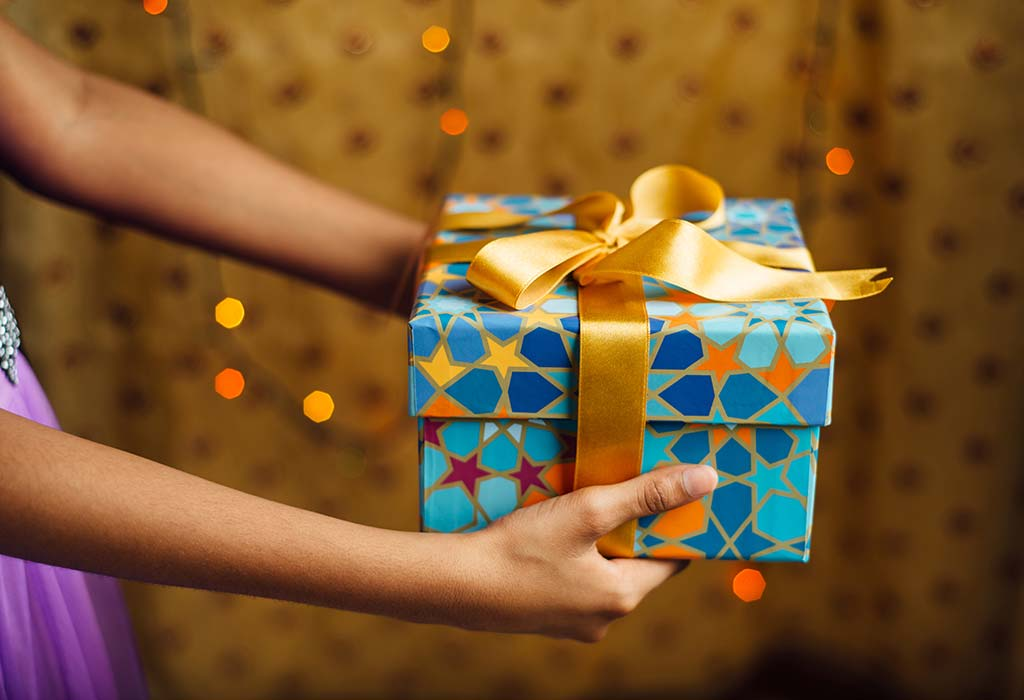 15 Best Eid Gift Ideas For Your Family Friends