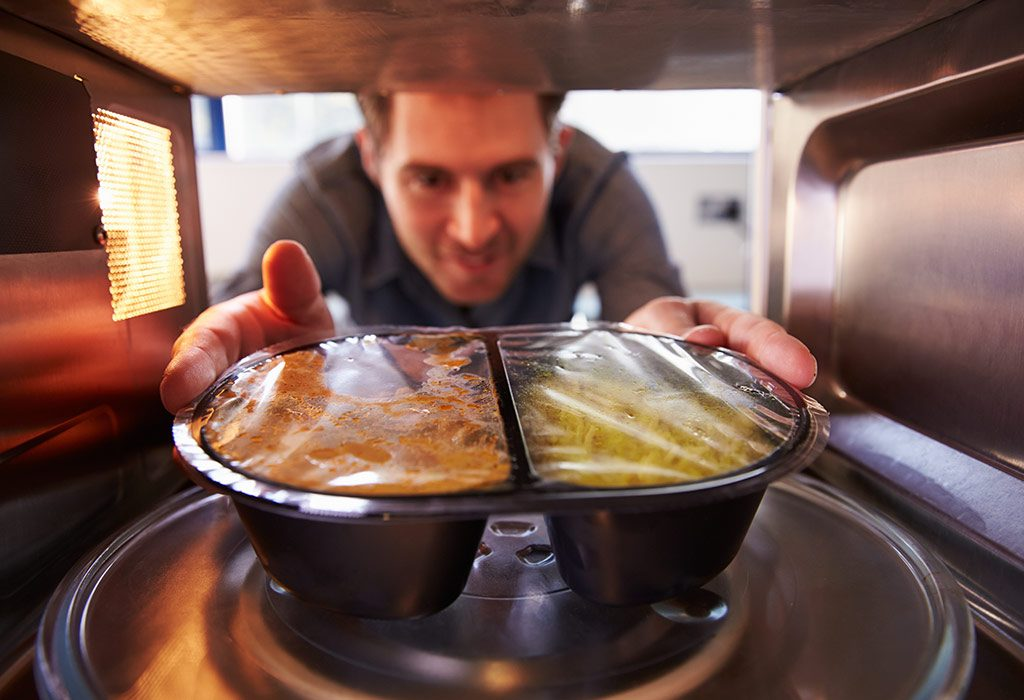 microwaving food destroys its nutrients