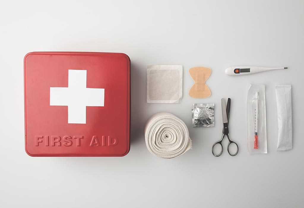 how to maintain a first aid box at home