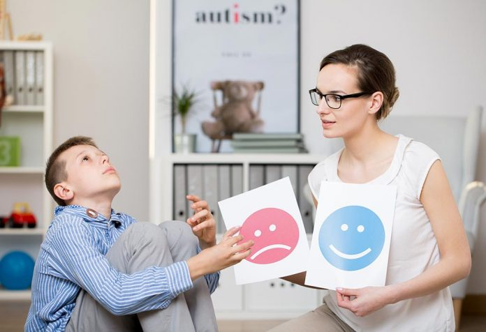 10 Tips to Get Your Autistic Child to Talk