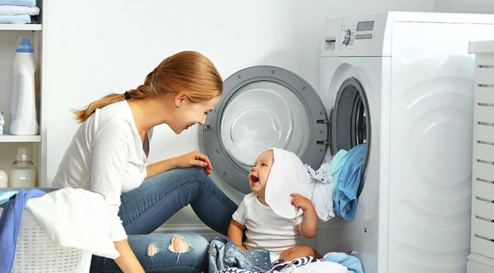 20 Effective Tips to Manage Your House and Baby All By Yourself