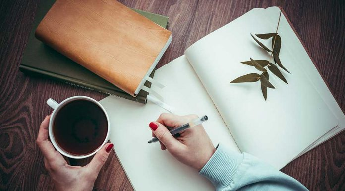 How Yoga and Writing Down 10 Positive Things Every Day Changed My Life