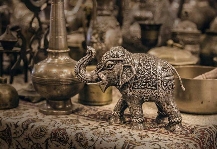 famous indian handicrafts that carry the taste of our culture