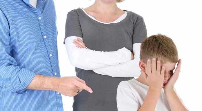Parental Pressure on Kids – Signs and Effects