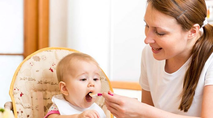 Tips to Feed Your Baby During the Summer