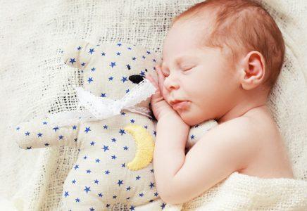शिशुओं में खर्राटों के उपचार