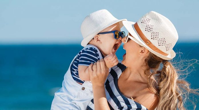 These Are the Only Essentials You Will Need for Your Baby's First Beach Vacation