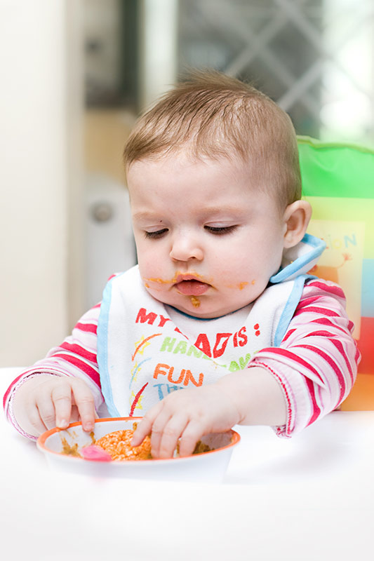 How Much Food Should a Baby Eat at 9 Months