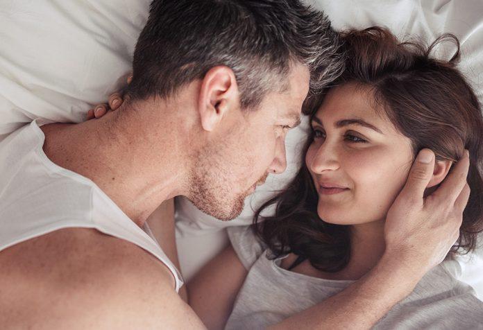 पहिल्या तिमाहीदरम्यान लैंगिक संबंध - गर्भधारणेच्या सुरुवातीच्या काळातील प्रणय