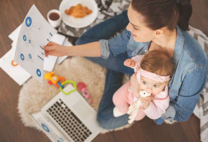 Millennial Moms and the Pressure of Doing it all