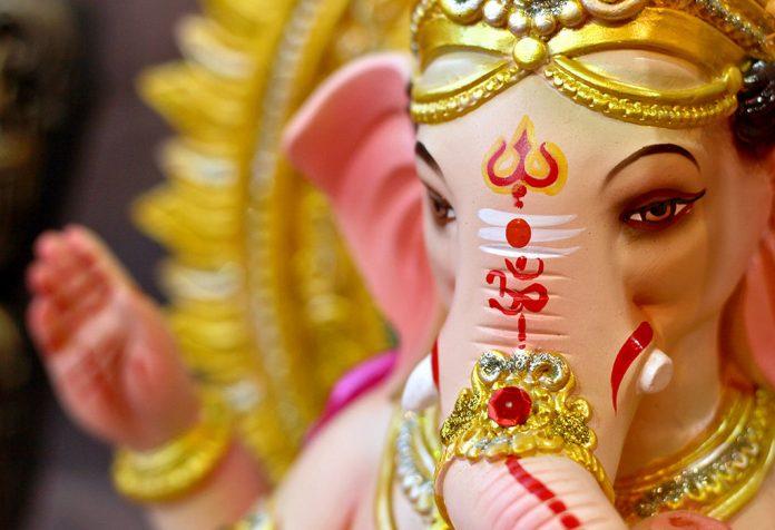 बच्चों के लिए बुद्धि के देव भगवान गणेश के कुछ श्लोक, अर्थ के साथ