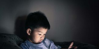 Experts Reveal Why Reducing Screen Time for Your Kids Has Become the Need of the Hour
