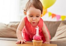 १२ महिन्यांचे बाळ - बाळाची वाढ, विकास, विकासाचे टप्पे आणि क्रियाकलाप