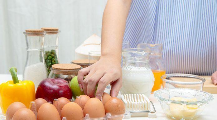 गर्भवती स्त्रीचा आहार: गरोदरपणात खाल्ले पाहिजेत असे १५ पोषक अन्नपदार्थ