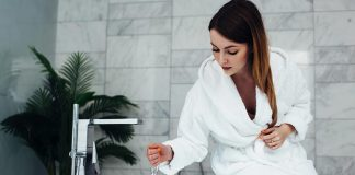 Bathing Tips for New Mothers After Normal or Caesarean Delivery