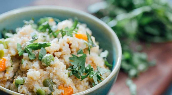 Broken Wheat Upma With Grated Carrot Recipe