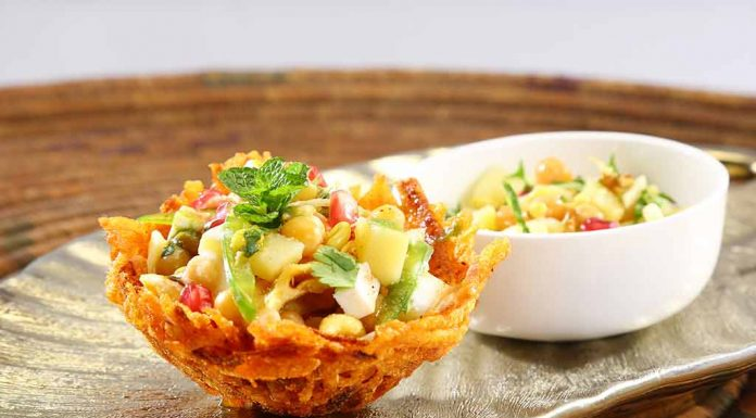 Boiled Aloo And Carrot Chaat Recipe