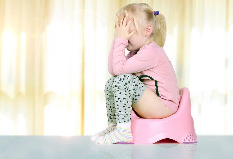 बाळांमधील बद्धकोष्ठता