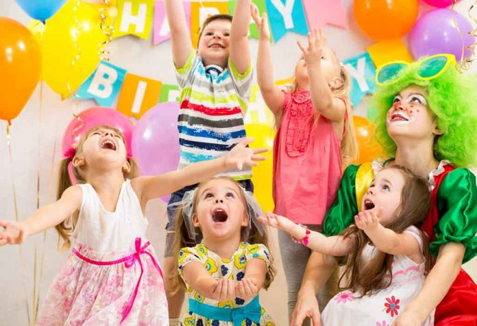EXCITING FIRST BIRTHDAY PARTY GAMES AND ACTIVITIES