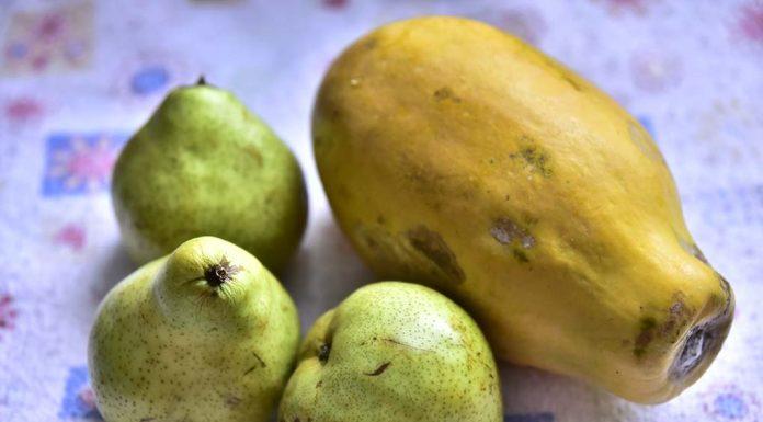 Pear And Papaya Chaat Recipe