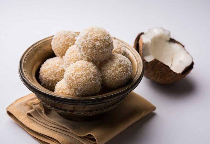 Coconut and Mava Ladoo Recipe