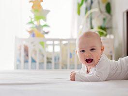तुमच्या ४ महिन्यांच्या बाळाची काळजी कशी घ्याल?
