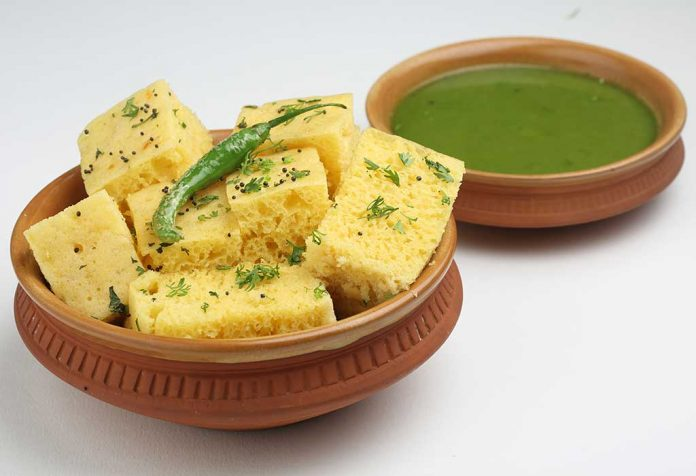Dhokla with Green Chutney Recipe