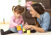 How Much to Pay a Babysitter - Ways to Determine