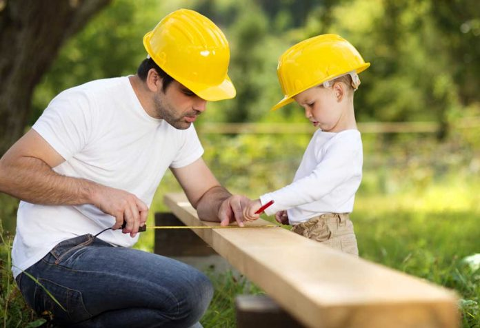 10 DIY Woodworking Projects For Kids