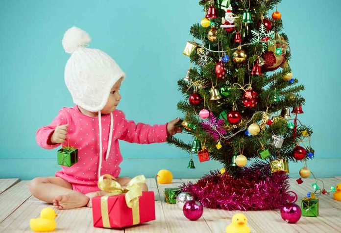 Easy Ideas to Baby Proof a Christmas Tree