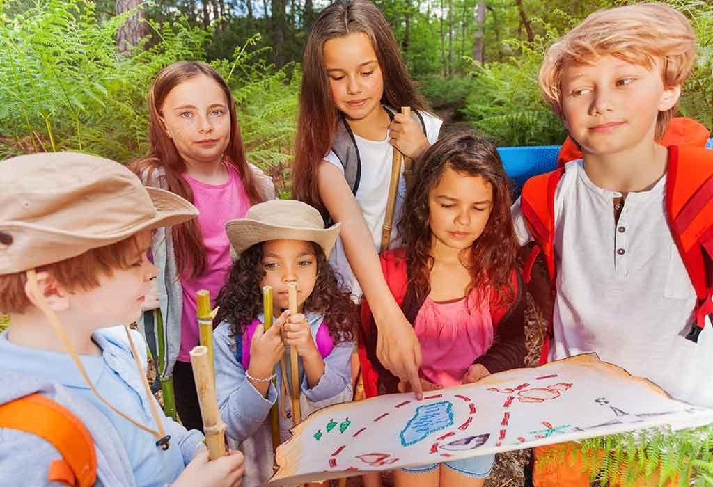 Kids with treasure hunt map
