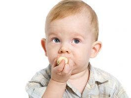 14 Month Old Baby Feeding Schedule, Recipes and Tips