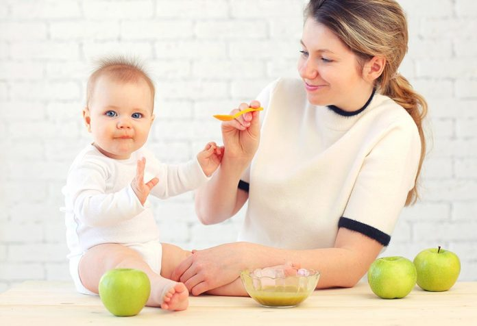 10 Month Old Baby Feeding Schedule, Recipes, and Tips