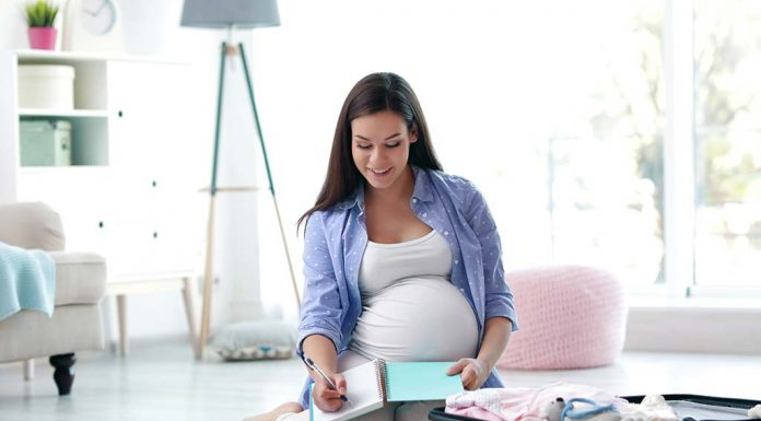 Hospital Bag Checklist - Essentials to Carry in Your Maternity Bag