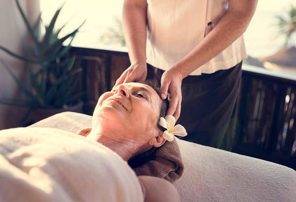 mom enjoying head massage
