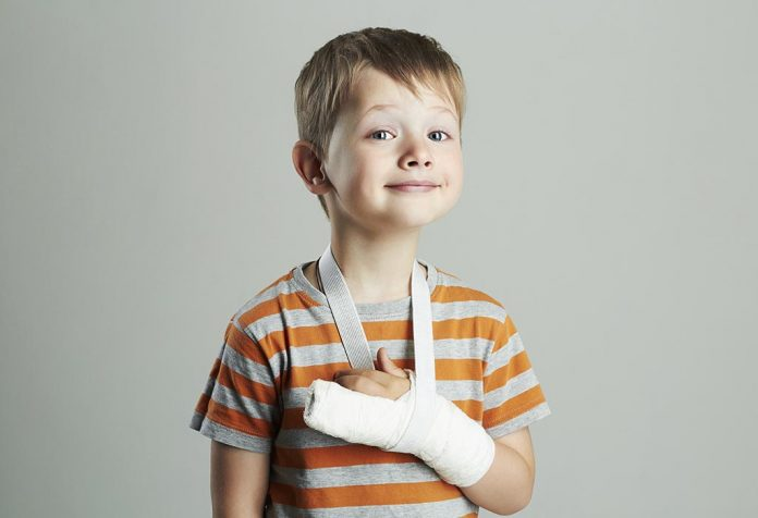 How to Care for Kids With Casts