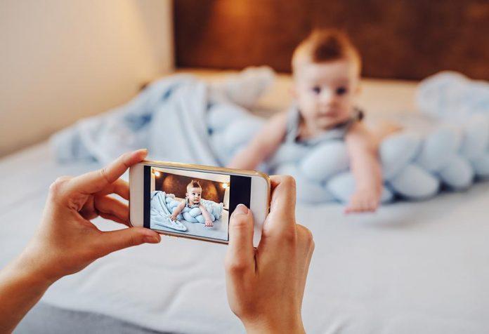 बच्चों की तस्वीरें शेयर करते समय ऑनलाइन सुरक्षा का ध्यान रखें!