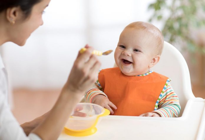 Feeding Your Baby: The Best Time to Teach and Bond with Your Little One!
