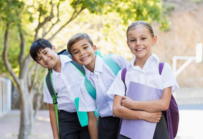 Pros and Cons of School Uniforms for Kids