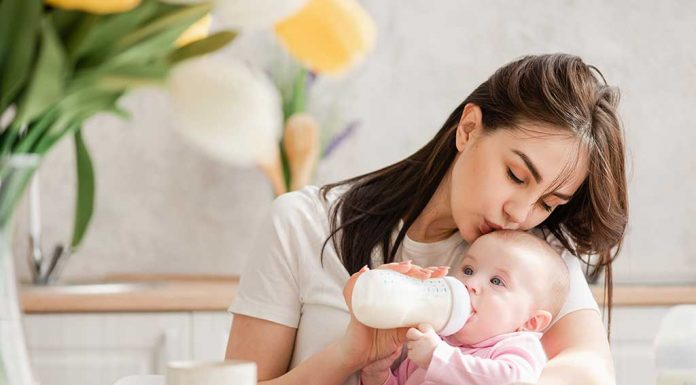 Why You Shouldn't Feel Guilty If You're Giving Formula Milk to Your Baby