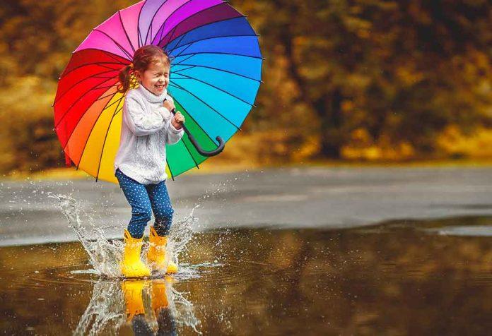 Cloudy Hill and the Colourful Rainbow - the Rainy Season Has Begun