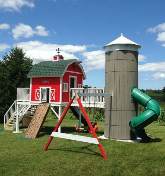 Red Barn Playhouse