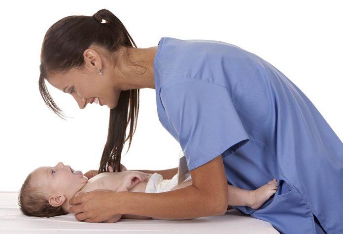 Стоит ли нанять ночную медсестру?
