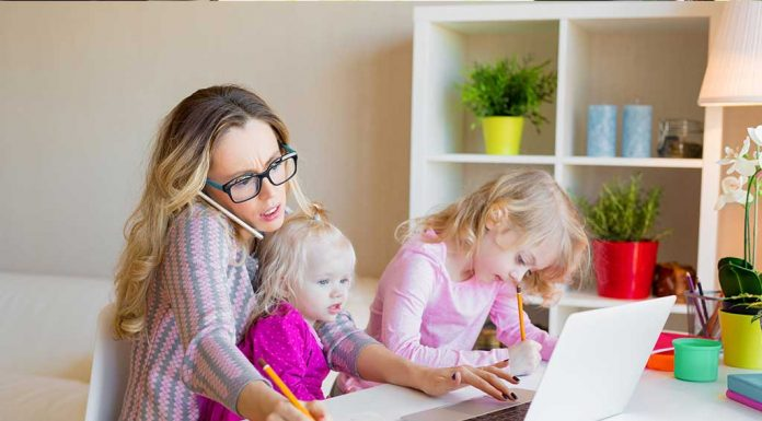 Working From Home: 5 Interesting Challenges in a Mum's Life