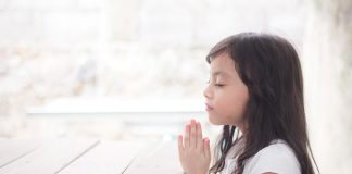 10 Beautiful Morning Prayers for Kids