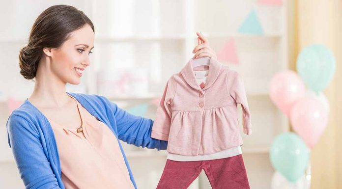 Shopping for Your Newborn - Tips and Tricks to Get It Right!