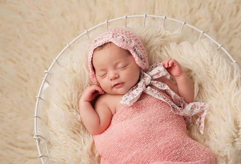 तुमचे ५ आठवड्यांचे बाळ - विकास, वाढीचे टप्पे आणि काळजी