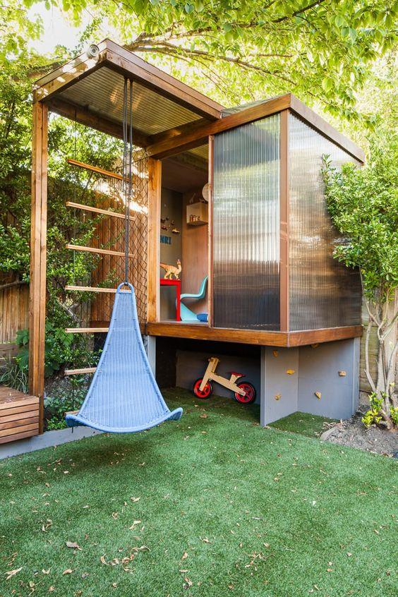 DIY Modern Treehouse